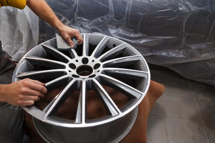 AGW-Detailing-Wheel_Sanding